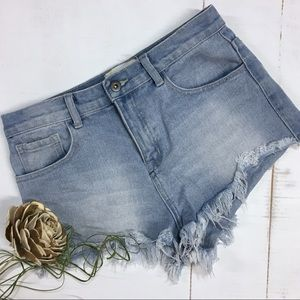 Forever 21 | cutoff denim jean shorts | light wash